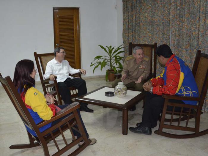 Recibió Raúl a presidente Nicolás Maduro