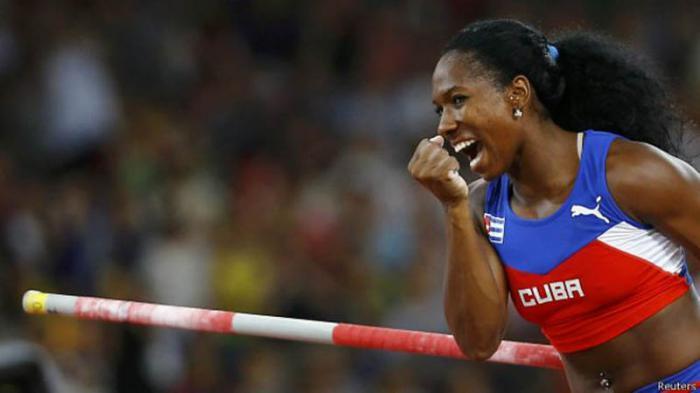 Yarisley Silva resultó agasajada como una de las principales atletas del 2015 en Cuba.