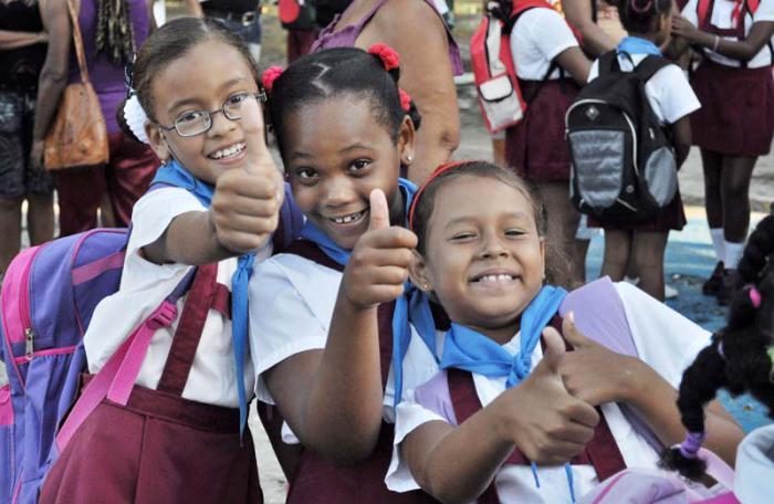 Inicio del curso escolar 2013-014 en la escuela primaria Mariana Grajales del municipio Playa.Foto: Yander Zamora 02/09/2013Educ2911