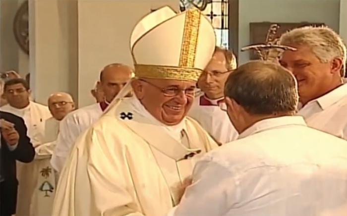 Raúl Castro asiste a tercera y última misa del Sumo Pontífice en Cuba