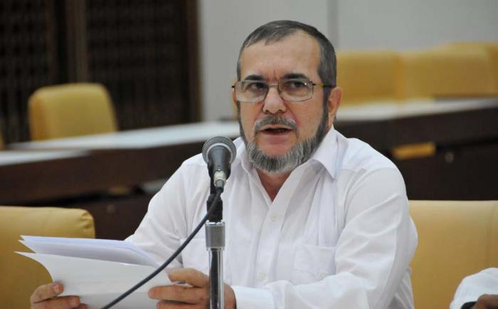Colombia: FARC-EP suspenden compra de armas y municiones