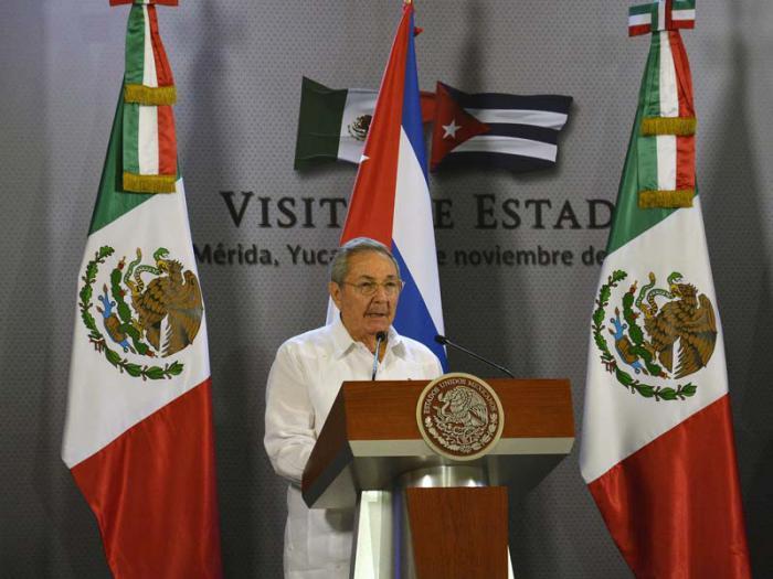 México recibe a Raúl con los brazos abiertos