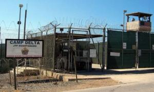 Califica Balaguer de vergonzosa cárcel en base norteamericana