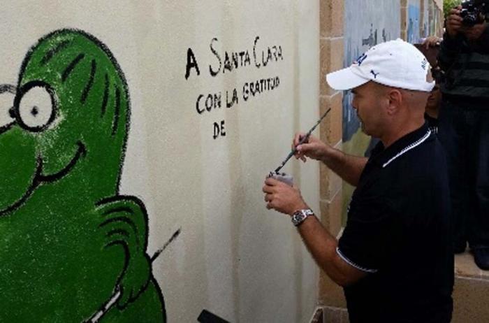 Humoristas acogen a Héroe cubano en Villa Clara
