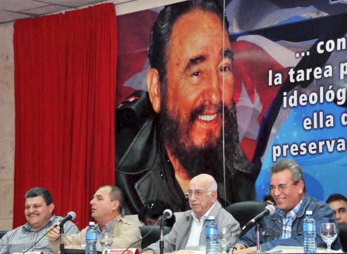 Preside Machado Ventura debates sobre uso y tenencia de tierra en usufructo