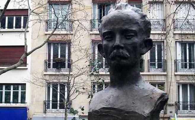 Plaza José Martí en París