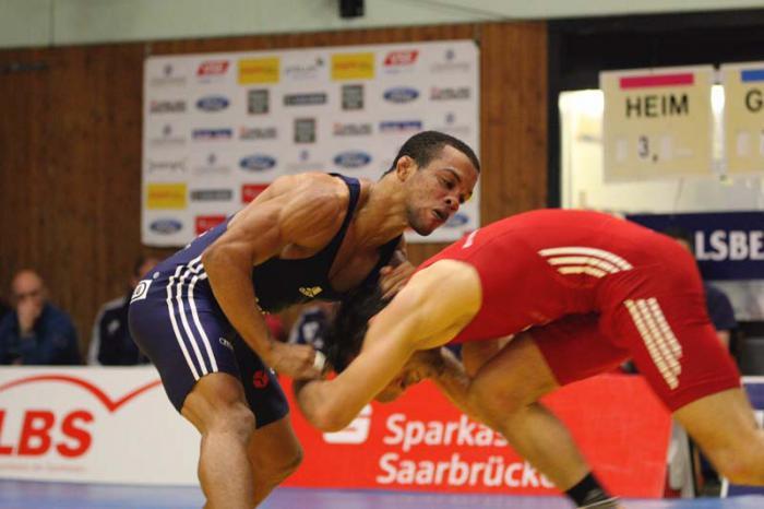 Alejandro Valdés aporta la segunda medalla de Cuba en Campeonato Mundial de Lucha