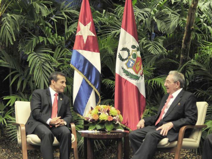 El General de Ejército Raúl Castro Ruz, Presidente de los Consejos de Estado y de Ministros, recibió al Excelentísimo Sr. Ollanta Humala Tasso, Presidente de la República del Perú.