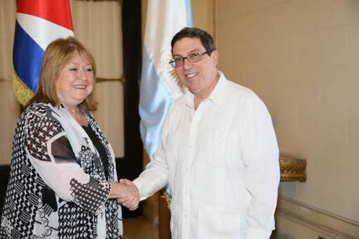Recibió Canciller cubano a la Ministra de Relaciones Exteriores de Argentina