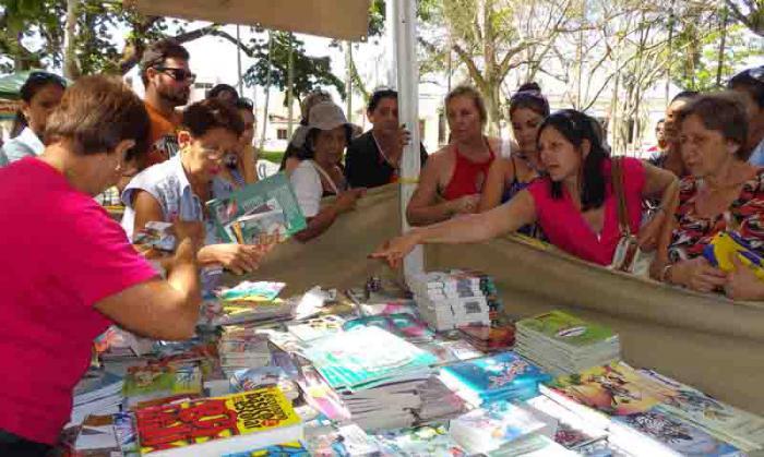 Vuelve a Camagüey la Feria del Libro