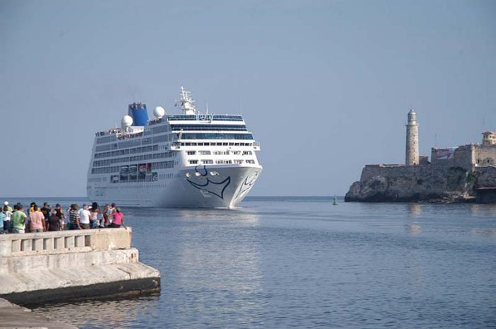 Aumenta número de cruceros que llegan a Cuba