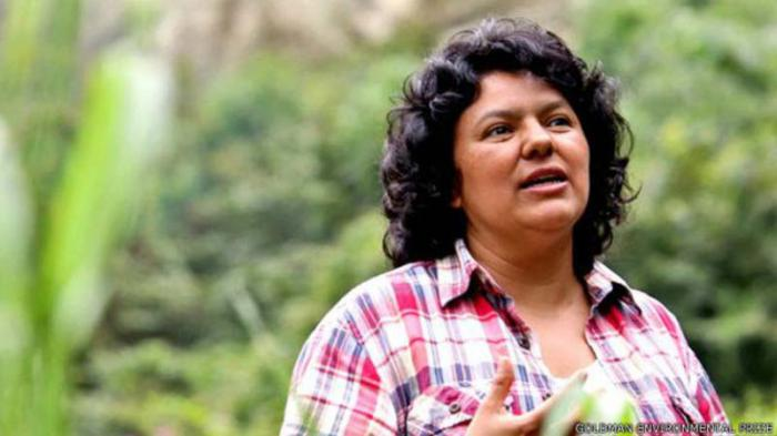 Arrestan a sospechosos de asesinato de líder indígena hondureña