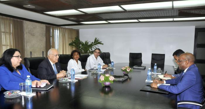 Recibió Ricardo Cabrisas a enviado presidencial mauritano