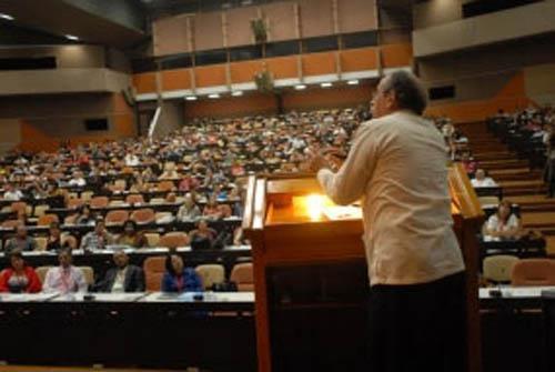 II Congreso Internacional de Gestión Económica y Desarrollo en el Palacio de las Convenciones.