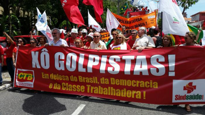 Protestas contra el golpe de Estado en Brasil.