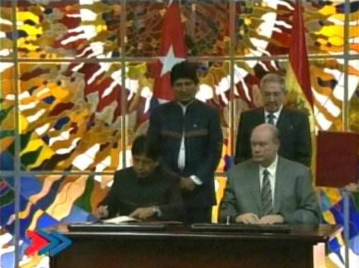 Cuba y Bolivia fortalecen sus relaciones