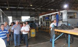 Miguel Díaz-Canel visita la empresa Evelio Prieto. foto cortesía de El Artemiseño