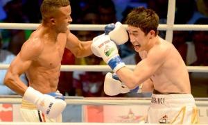 Boxeo-VI serie mudial de Boxeo-Cuba vs Uzbequistan 60 kg Lazaro Alvarez vs Elnur Abduraimov