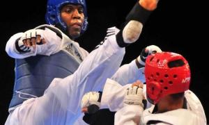 Entre Rafael Alba y Robelis Despaigne debe estar el representante cubano en el taekwondo de Río 2016.