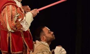 Los actores Jesús Prieto, español (izquierda), y Gabo Buenaventura, cubano, en los roles de Don Quijote y Sancho Panza.
