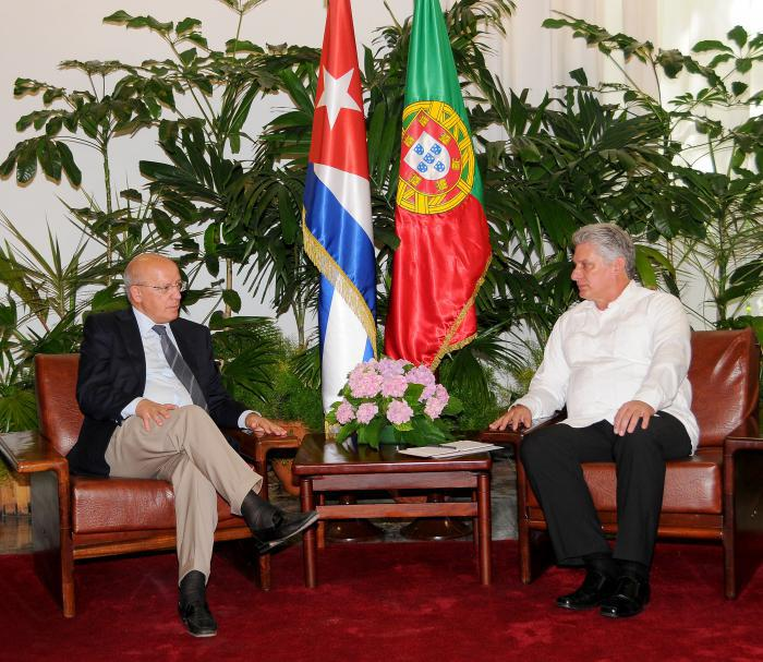 Recibió primer vicepresidente de Cuba a canciller de Portugal