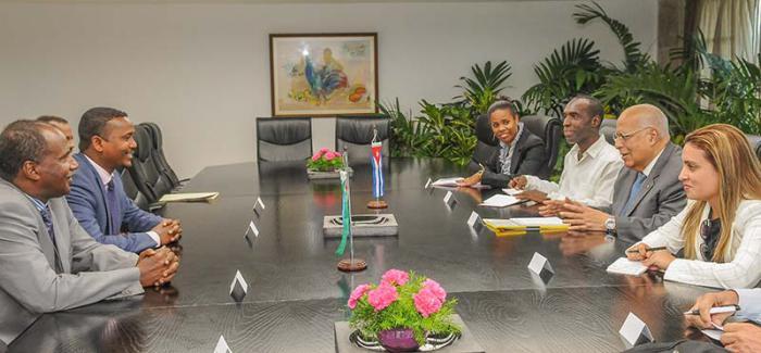 Recibe Cabrisas a Enviado Especial del Presidente de Djibouti