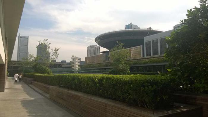 Pintar de verde el desarrollo mundo granma rgano for Edificios educativos arquitectura