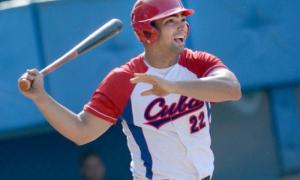 Tope de beisbol entre los equipos de EEUU vs Cuba tercer partido ganadò por cuba 5 x 1 Norel Gonzalez nuevo jugador en el equipo cuba bateador de fuerza