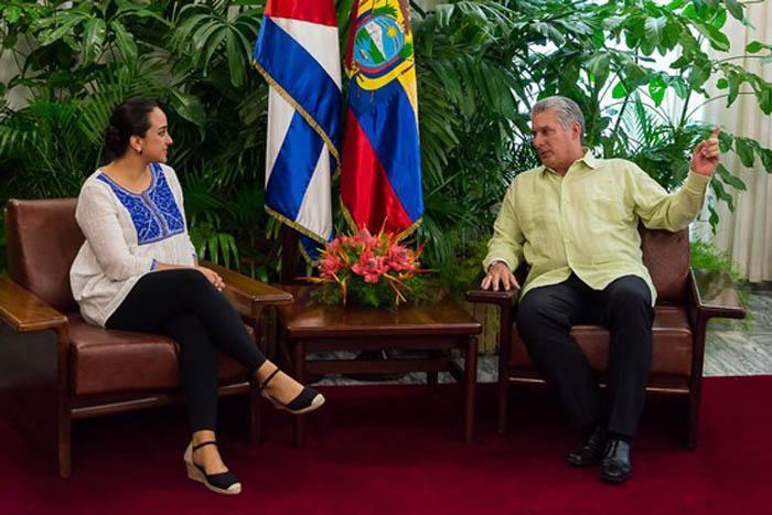Recibe primer vicepresidente cubano a Gabriela Rivadeneira, presidenta del Parlamento ecuatoriano