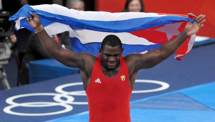 Mijaín no permitió puntos en sus combates de clasificación y es por tercera vez titular olímpico.