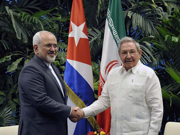 Raul Castro receives Iranian Foreign Minister