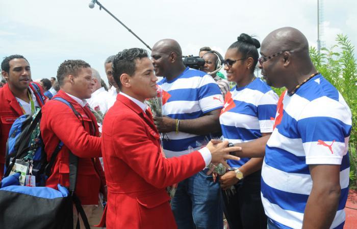 Llegada de los deportista que compitieron en las Olimpiada a la Habana.