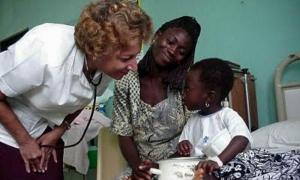 La ministra de Salud de la provincia de Limpopo, doctora Phophi Ramathuba, expresó el alto aprecio por la colaboración que presta Cuba en este campo en Sudáfrica