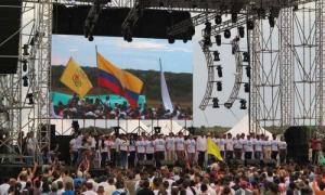 FARC-EP y su Estado Mayor Central, invitados especiales y cerca de 2 000 guerrilleros de todos los frentes activos en el país.