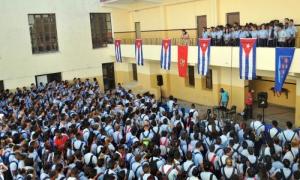 Acto encuentro con estudiantes en contra del diversionismo ideológico, en el Pre Manolito Guiar.