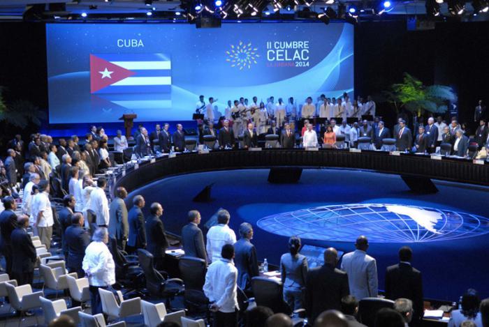 El general de ejército Raúl Castro Ruz, Presidente de los Consejos de Estado y de Ministros de Cuba, dejó inaugurada la II Cumbre de la CELAC en Pabexpo en La Habana.