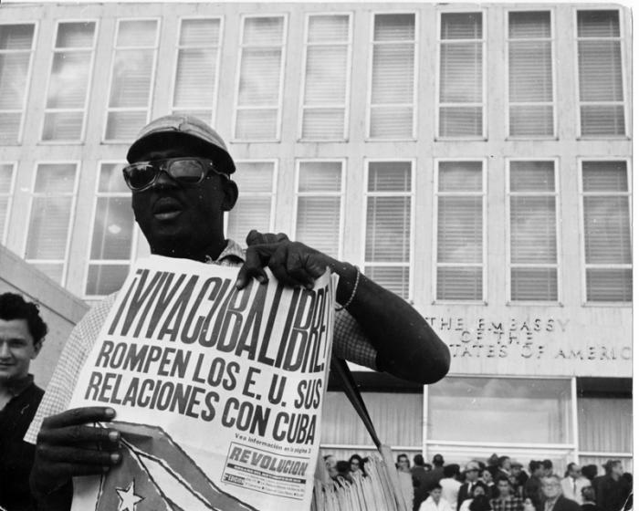 Embajada de Estados Unidos en La Habana. Luego de romper la relaciones diplomàticas con Cuba (3 de enero de 1961), funcionarios estadounidenses la abandonan.