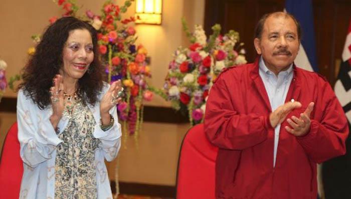 Reciben credenciales Daniel Ortega y Rosario Murillo para gobernar Nicaragua
