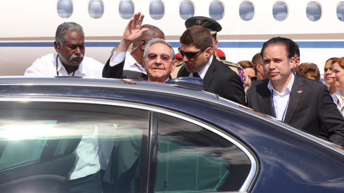 Presidente cubano Raúl Castro llega a República Dominicana para Cumbre de Celac