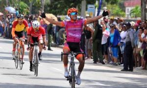 3ra etapa Santiago-Bayamo ganador Feliz Nodarse de Artemisa. con un tiempo de 3.02.05