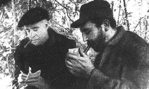 Fidel Castro y Hebert Mattheuws en la Sierra Maestra Fid17917