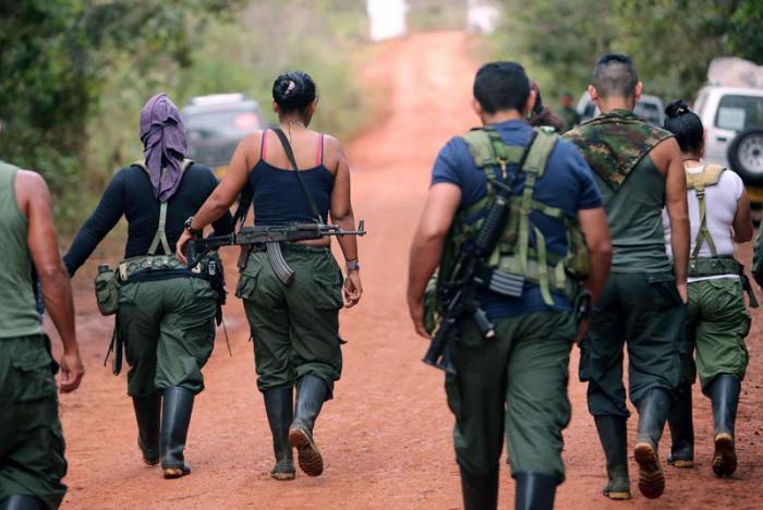 Grupos armados en Colombia siembran el caos