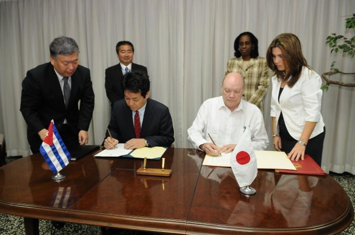 Japón contribuirá al desarrollo de la economía cubana