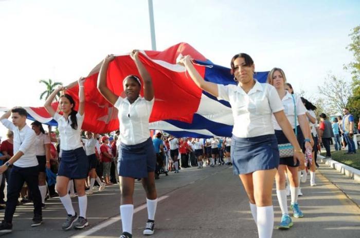 En la cabecera provincial el desfile llegará hasta la Plaza de la Revolución Mayor General Serafín Sánchez Valdivia.
