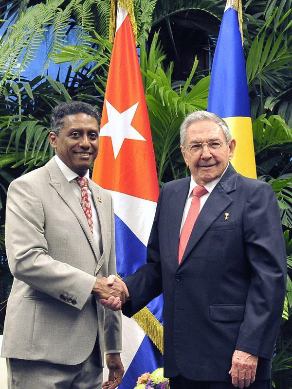 Recibe Raúl Castro en La Habana a Presidente de Seychelles