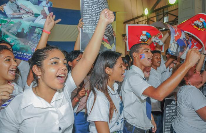 Young Generation Support the Cuban Revolutionary Process