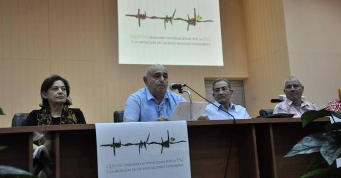 El presidente del Movimiento Cubano por la Paz, destacó la participación de delegados e invitados de 32 naciones. foto: lorenzo crespo