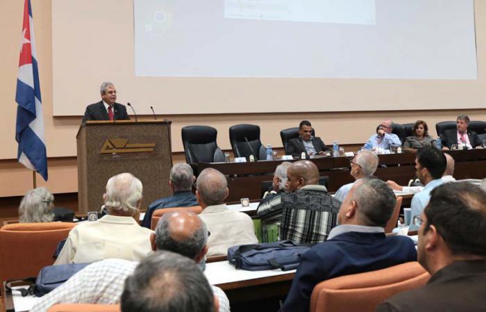 El Congreso de juristas se clausuró ayer en la capital.