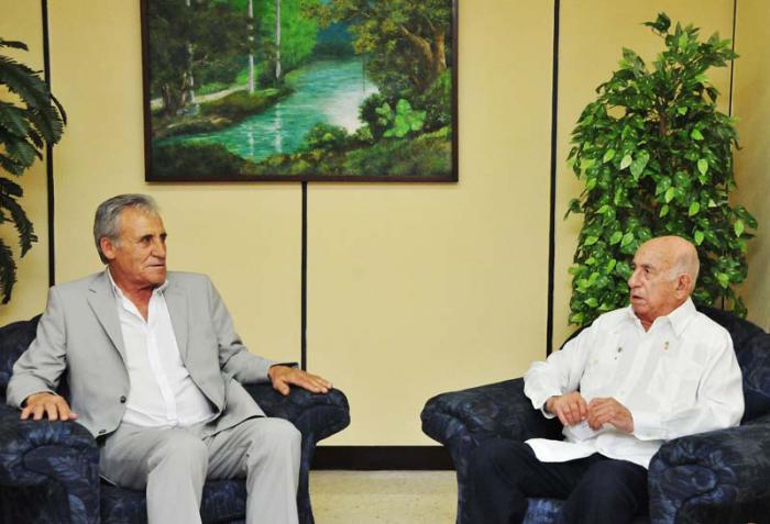 Vicepresidente cubano recibió a líder comunista de Portugal