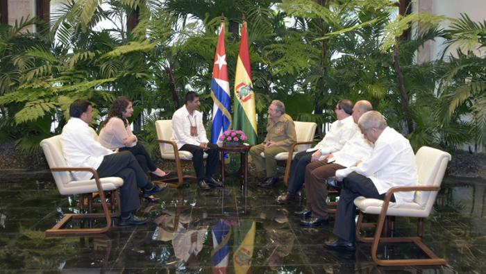 Raul Castro receives Bolivian Foreign Minister